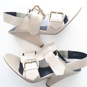 Leather Triangular Heel Sandals with Buckles